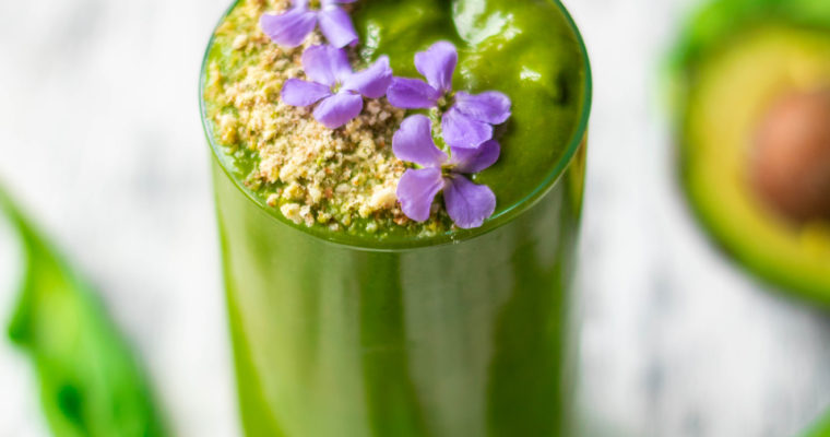 Matcha Super Green Smoothie (Vegan)
