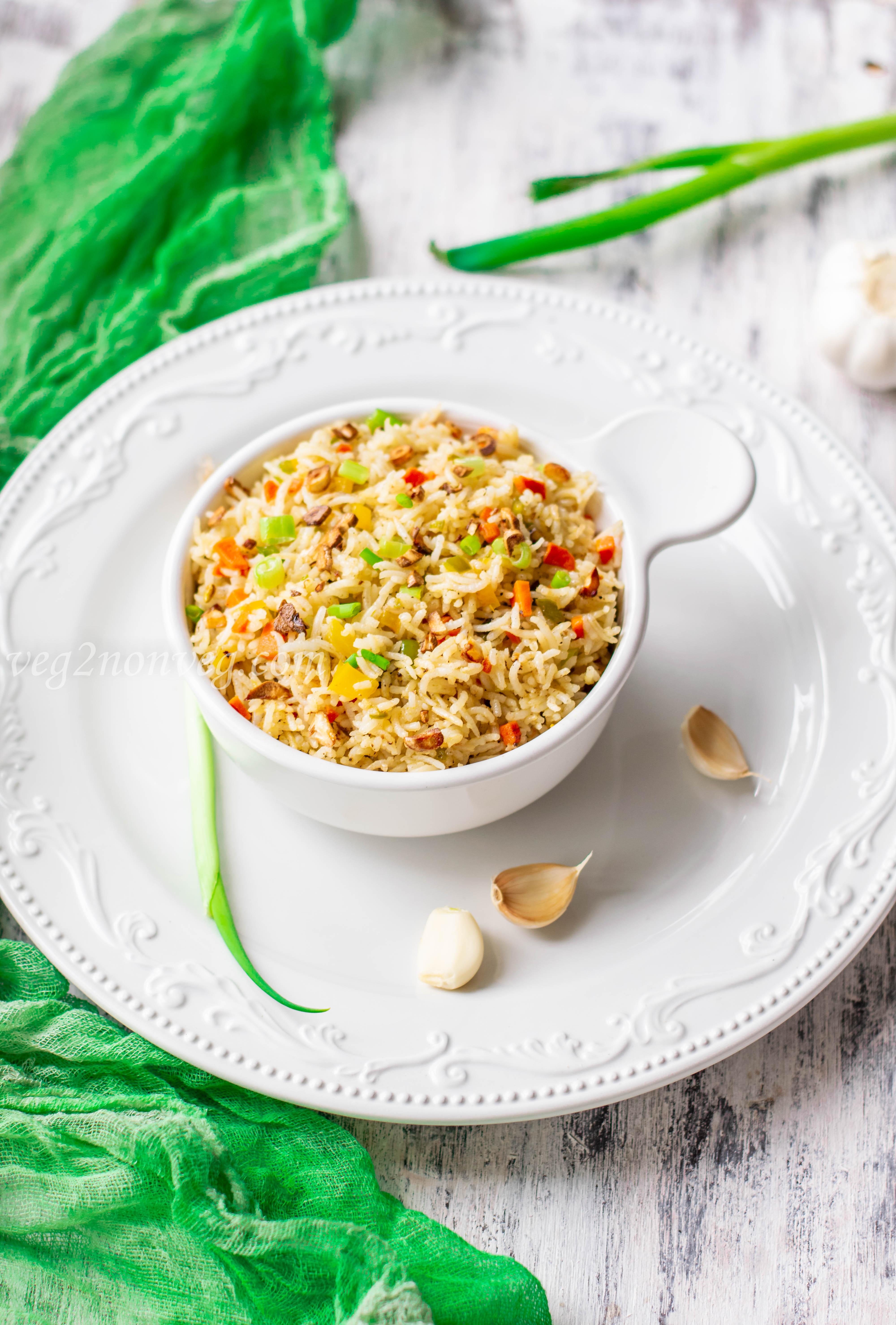 Burnt garlic vegetable fried rice
