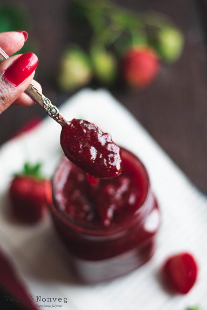 strawberries, strawberry, strawberry food photography, strawberry food styling, strawberry flatlay, strawberry jam, strawberry instant pot jam